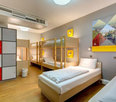 MEININGER_Bedroom_1200