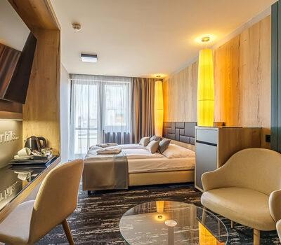 Hotel_Hills_1000x650_29w